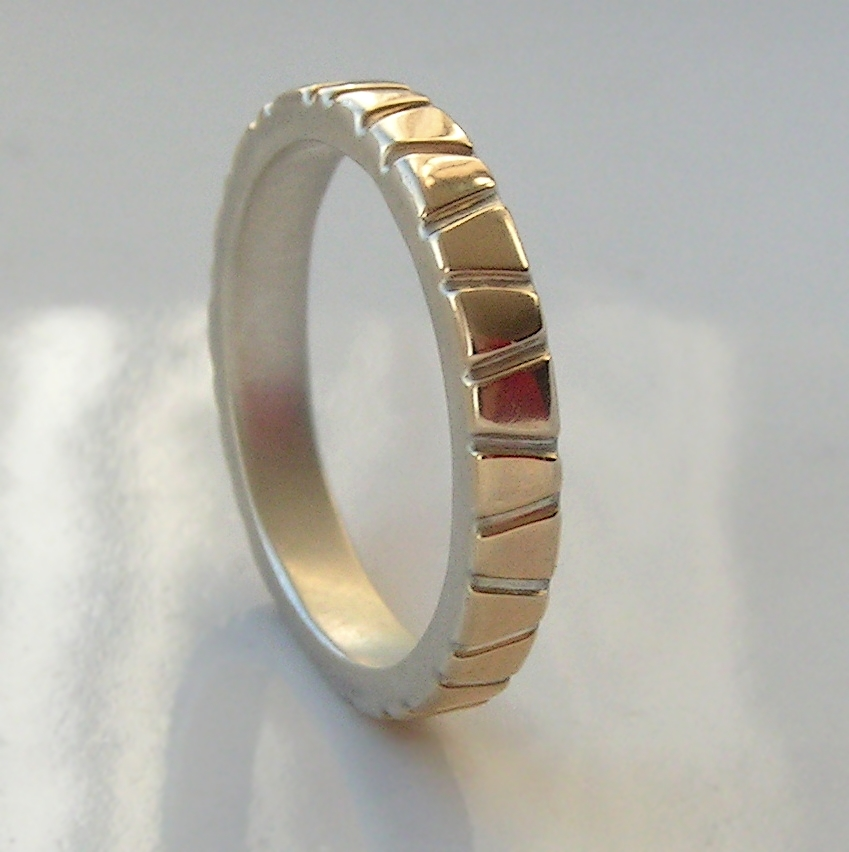 Lines in Gold - 3 mm Yellow Gold: Modern two tone wedding band, simple and elegant. It is made from two layers - sterling silver base and thin layer of solid yellow gold.