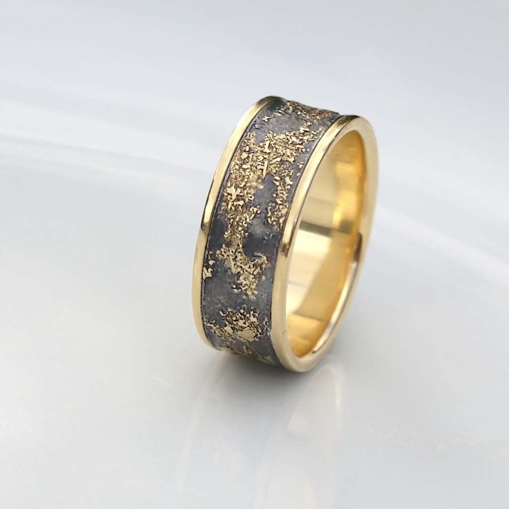 Gold Chaos Luxury Distinctive And Luxurious Wedding Band Featuring Contrast Of Rich Yellow