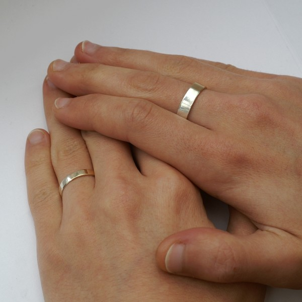 Golden Ratio - Set 5 mm and 3mm Gold + Silver. Wedding bands made of 9ct yellow gold and silver in golden ratio. Perfect rings for math lovers, geeks, scientists or artists.