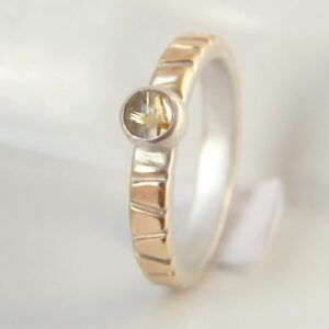 Lines in Gold – 3 mm 9ct Yellow Gold with Rutilated Quartz