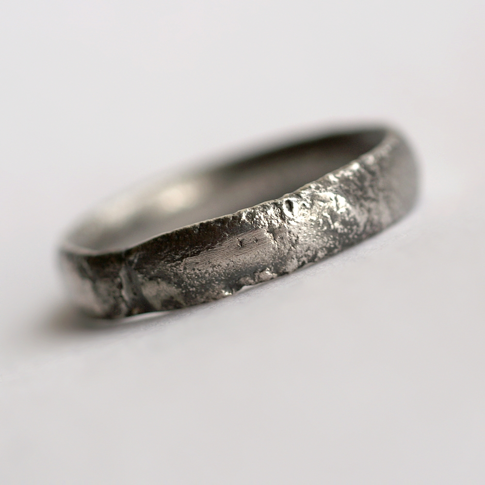 Rustic Oval Men S Ring Wedding Band This Is Made With Shaped Wire Textured