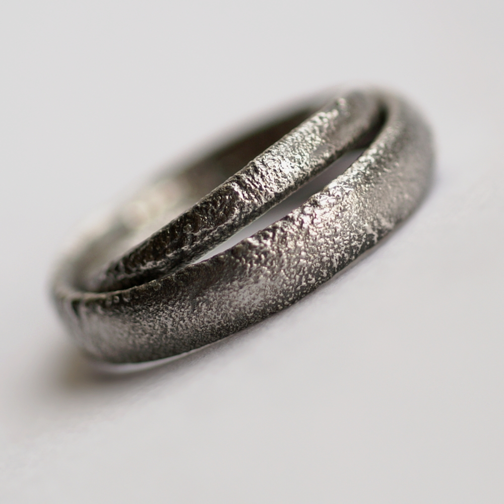 fcbc1b98cf ... Rustic Oval Wedding Bands Set: These ring are made with oval shaped  wire textured with ...