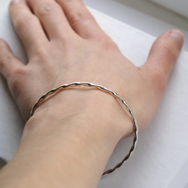 Twisted Silver Bracelet: Simple twisted bangle bracelet, timeless and elegant. Perfect gift for any women or versatile stacking bracelet.