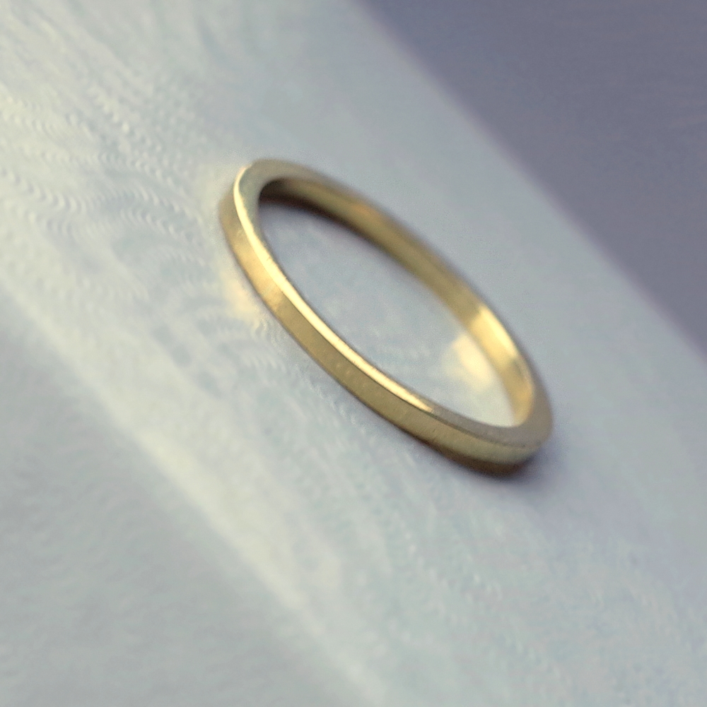 hammered solid bands products gold s womans woman simple wedding band thin ring