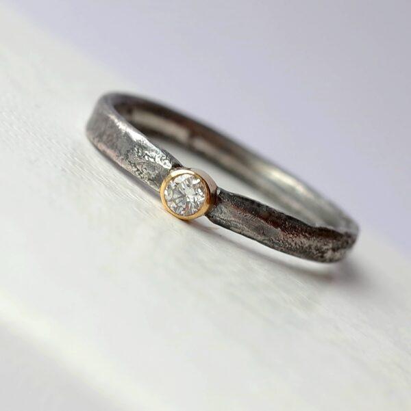 Rustic Diamond 3mm