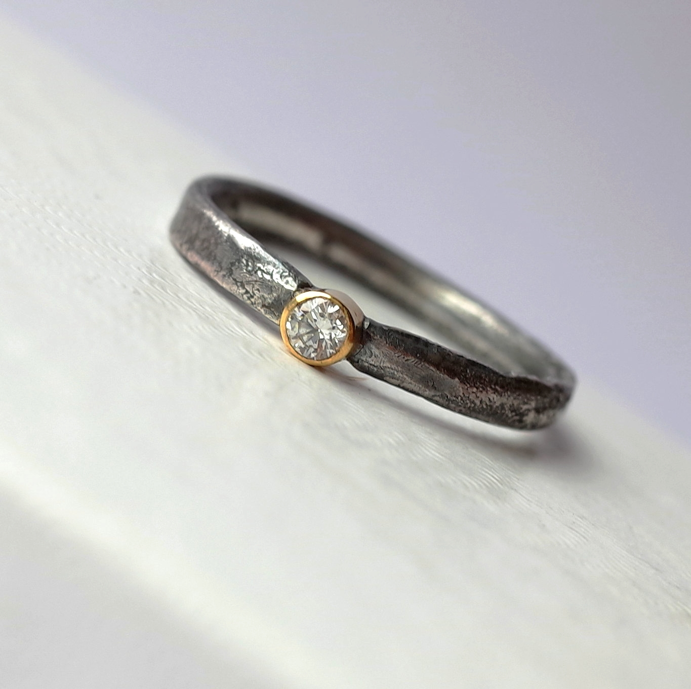 Rustic Diamond: Rustic Diamond With 3mm Diamond