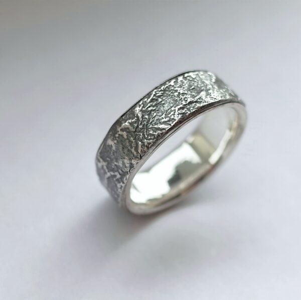 Rustic Ring with Silver Lining