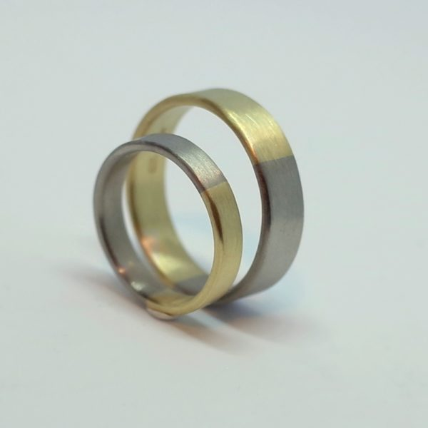 Golden Ratio Set 18k - 5 mm and 3 mm Wedding bands made of 18k yellow gold and 18k white gold in golden ratio. Perfect rings for math lovers, geeks, scientists or artists.