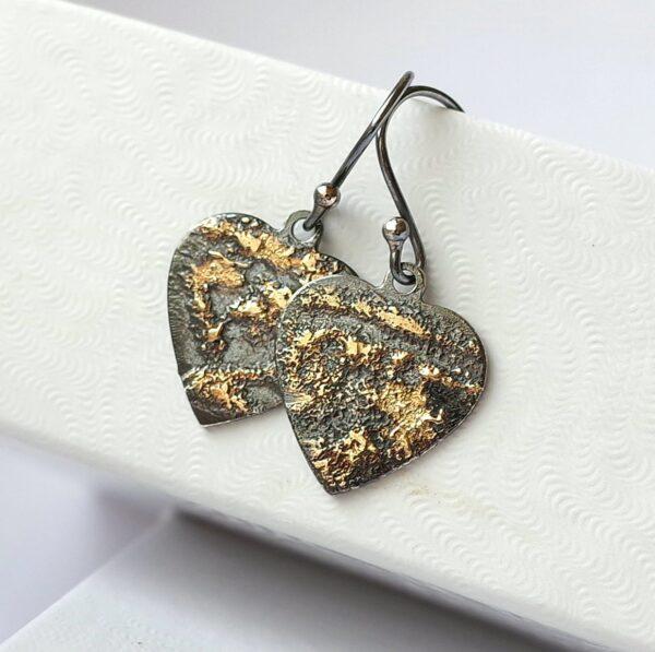 Gold Chaos Hearts
