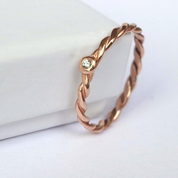 Simple Rose Gold Engagement Ring with White Sapphire - Dainty, simple and elegant 9k rose gold ring
