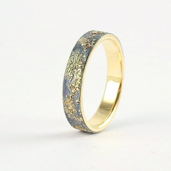 Gold Chaos with Gold Lining 4mm